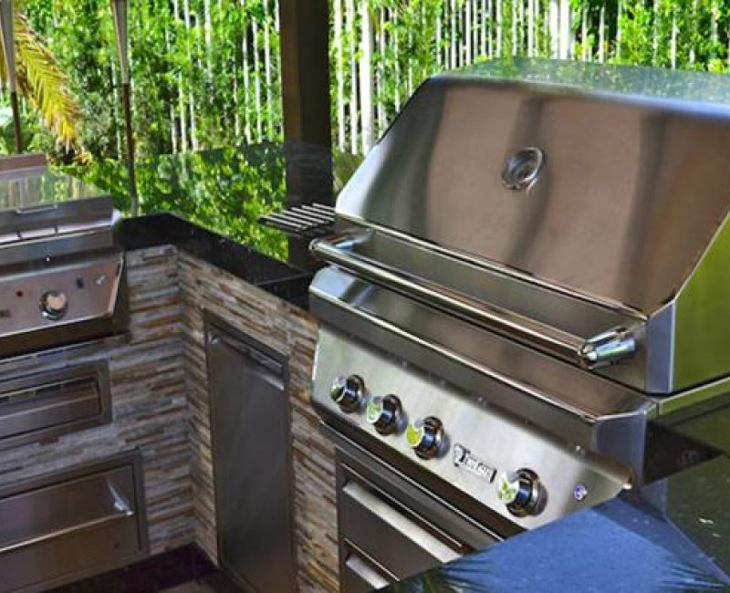 twin-eagles-grill-installation2